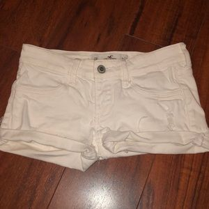 White Hollister shorts